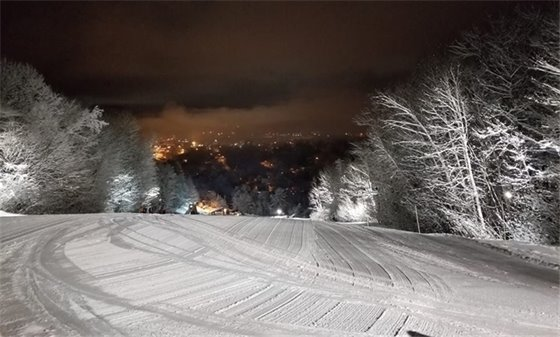 Get your Skiing, Snowboarding, Racing & Jumping on at Storrs Hill!